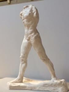 Auguste Rodin,l'Homme qui marche, grand modèle, 1907, plâtre, musée Rodin, Paris.