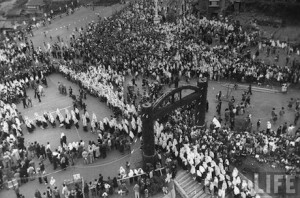 Nagasaki-juin-1949-messe-pontificale-pelerinage-06